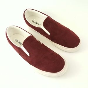 Old Navy Burgundy Slip ons SZ 9
